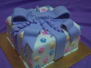 Fondant Present Cakes